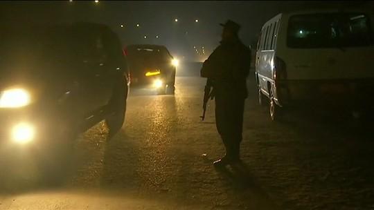 Homens armados invadem hotel de luxo no Afeganistão