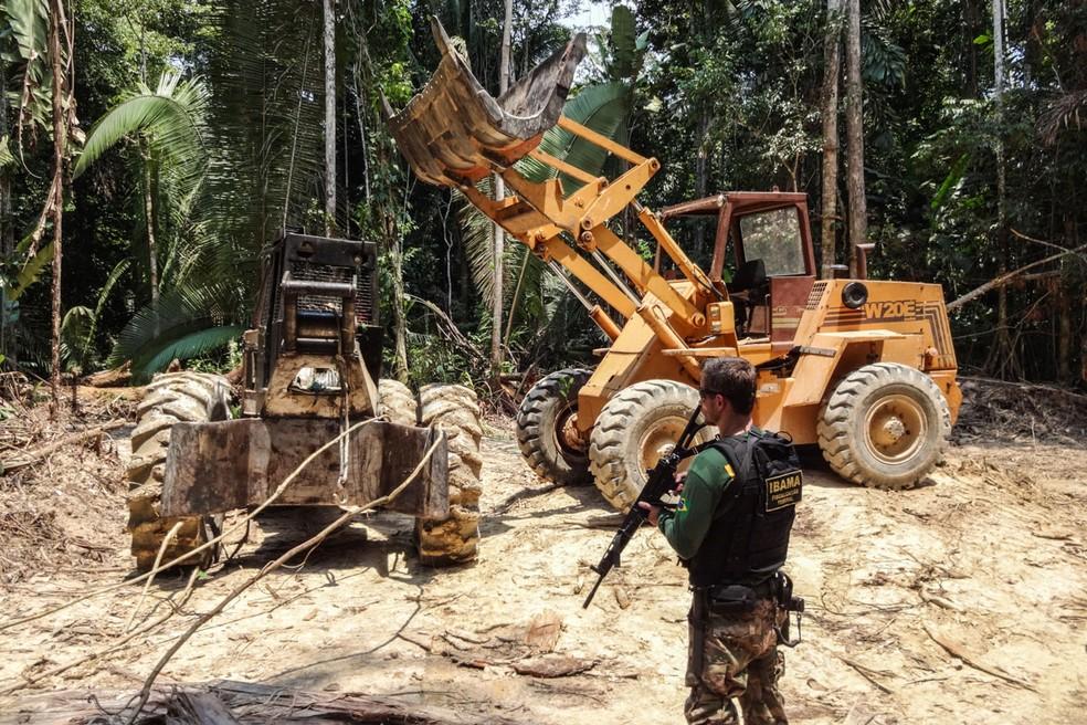 Ibama apreendeu maquinários durante a operação em Mato Grosso — Foto: Ibama/Assessoria