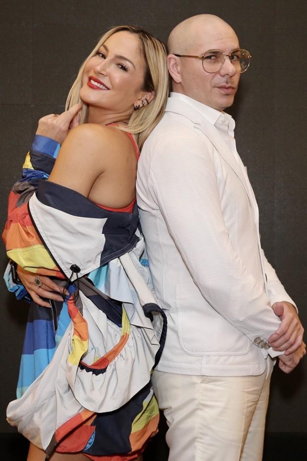 Cláudia Leitte e Pitbull (Foto: Manuela Scarpa/Brazil News)