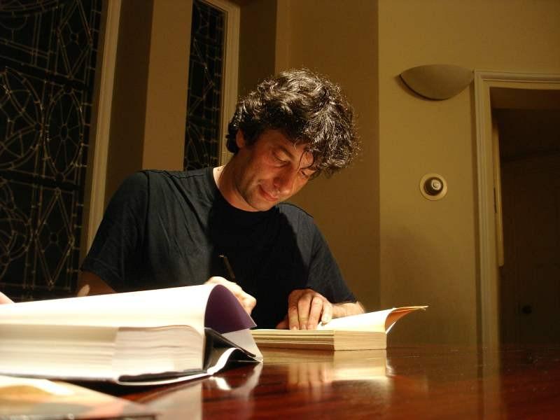 O escritor Neil Gaiman (Foto: Wikimedia Commons )