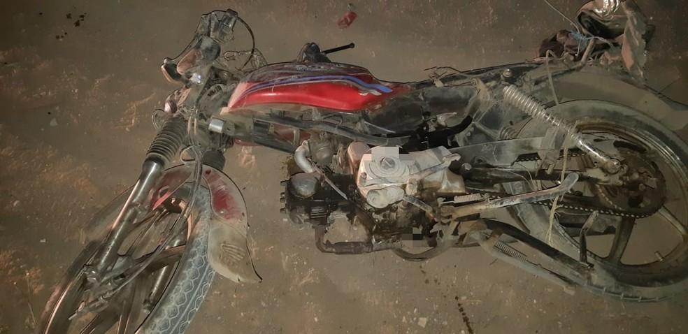 Idoso pilotava a cinquentinha e não resistiu aos ferimentos. — Foto: Polícia Rodoviária Federal