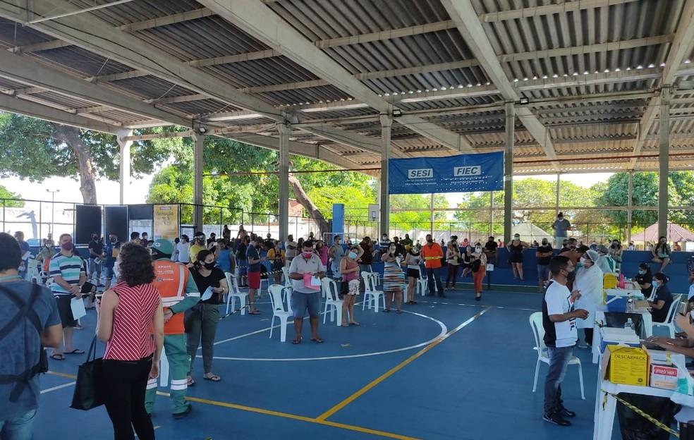 Vacinação contra Covid-19 com música no Sesi Parangaba, em Fortaleza. — Foto: Sesi/Reprodução