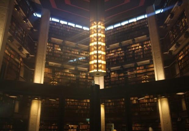 Biblioteca da Universidade de Toronto (Foto: Juliana Kagami via Estudar Fora)