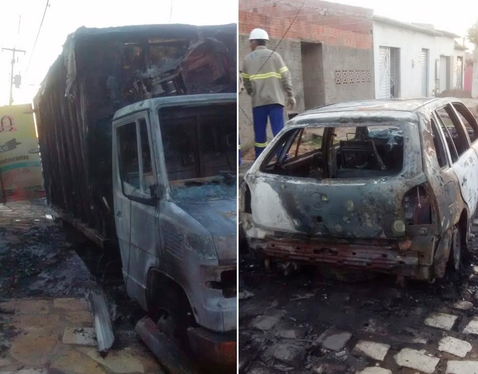 Veículos foram incendiados na madrugada desta terça-feira (5) no bairro Santa Delmira, em Mossoró (Foto: Polícia Civil/Divulgação)