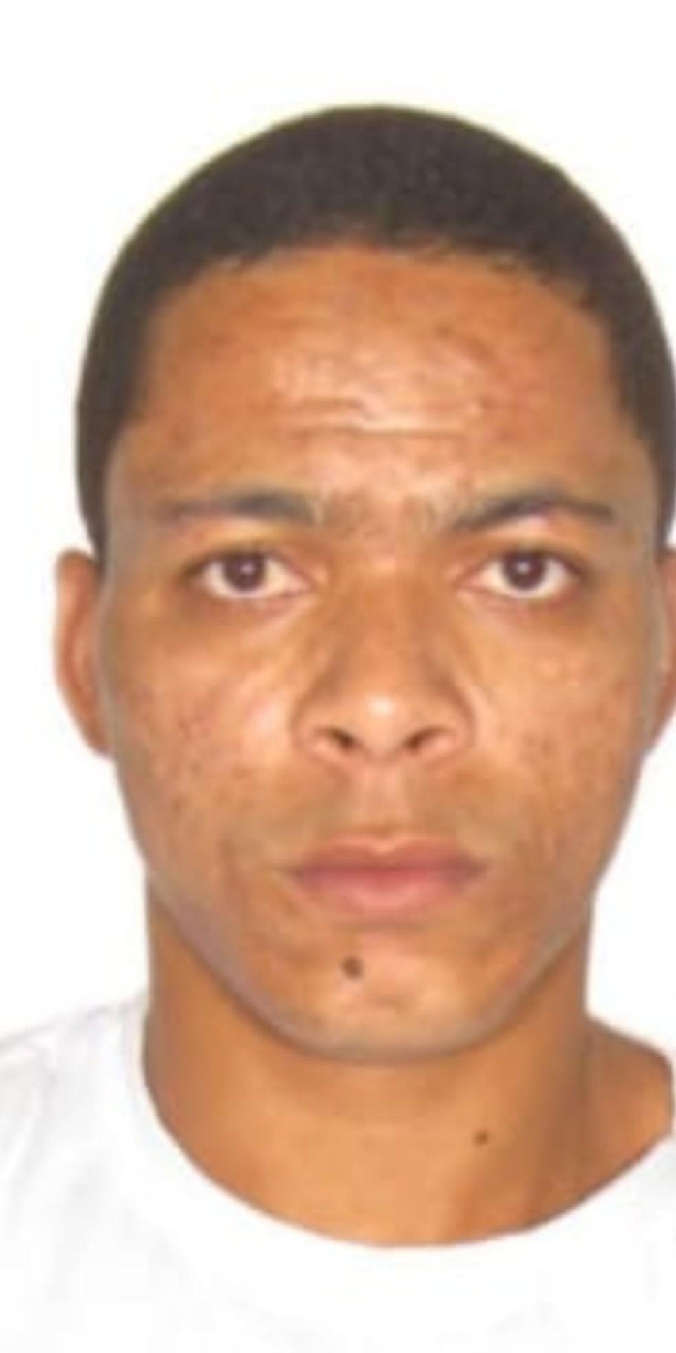 Paulo Henrique Barbosa tem várias passagens por furto em lojas de times — Foto: PCDF/Divulgação