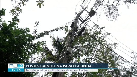 Postes caindo na Paraty-Cunha preocupam motoristas
