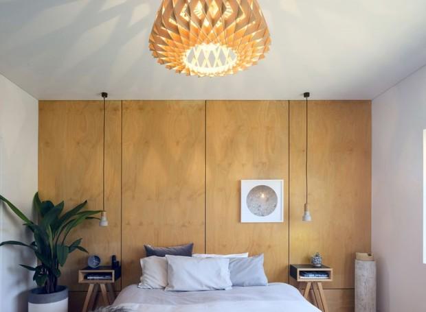 Divisórias de madeira foram utilizadas para otimizar o espaço (Foto: Brett Boardman Photography)