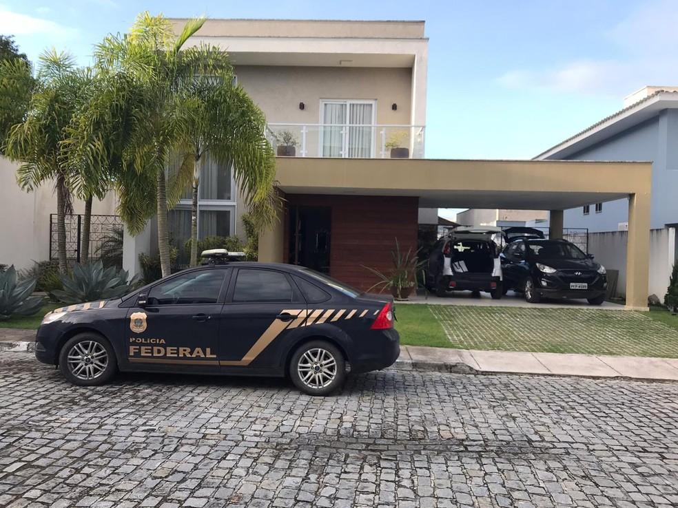 Nesta terça (15): Operação contra fraudes e desvio de verbas determina afastamento de prefeito de Jequié e cumpre 10 mandados de busca na BA — Foto: Divulgação/PRF-BA