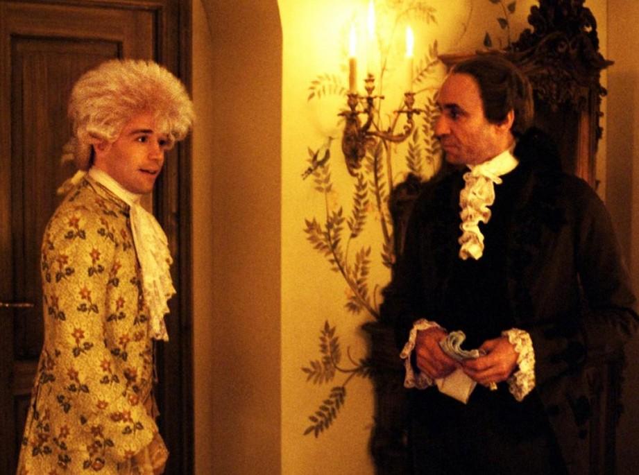 Tom Hulce e F. Murray Abraham em cena de Amadeus (1984) (Foto: Reprodução)