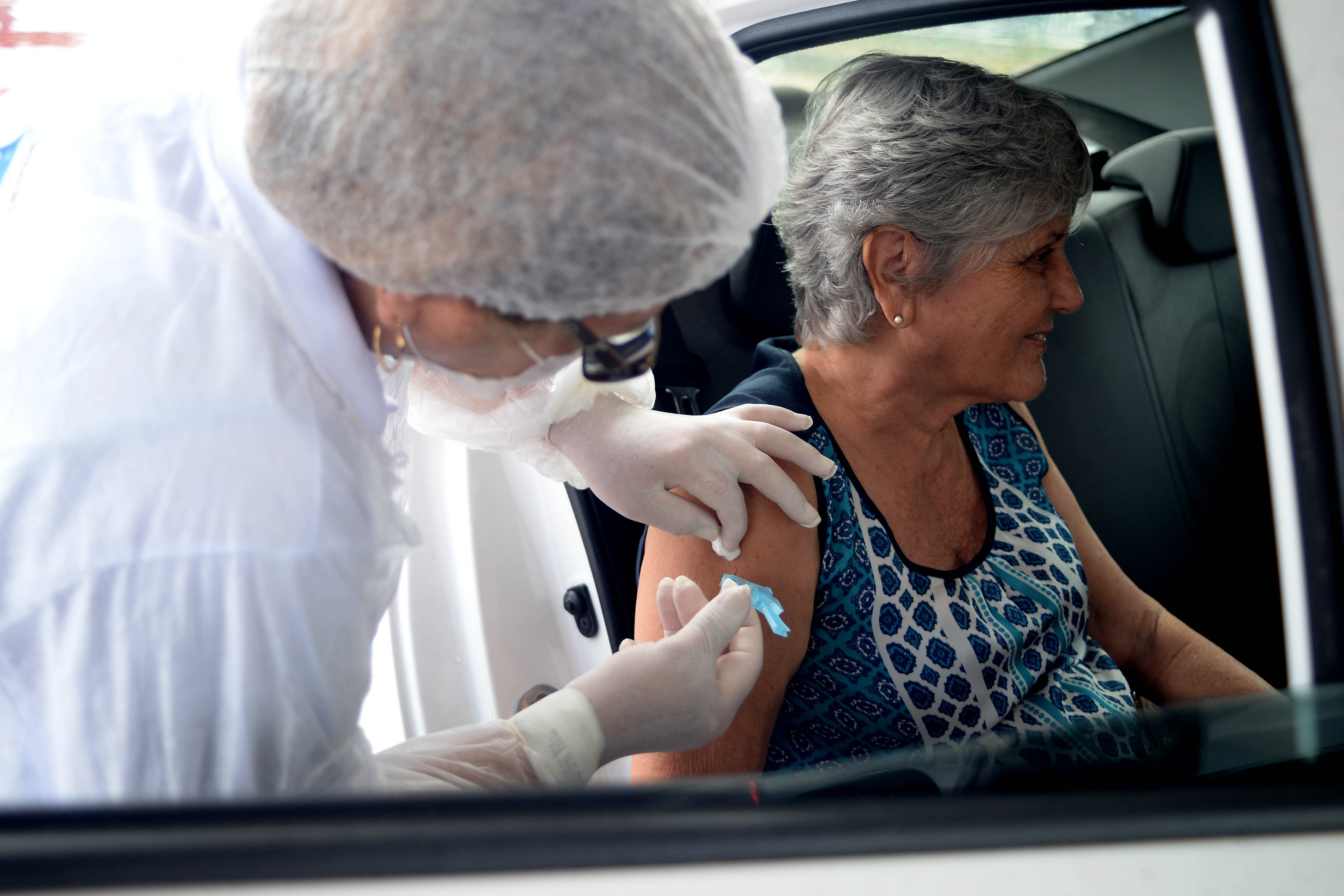 Maceió vacina quase 76 mil idosos contra a gripe