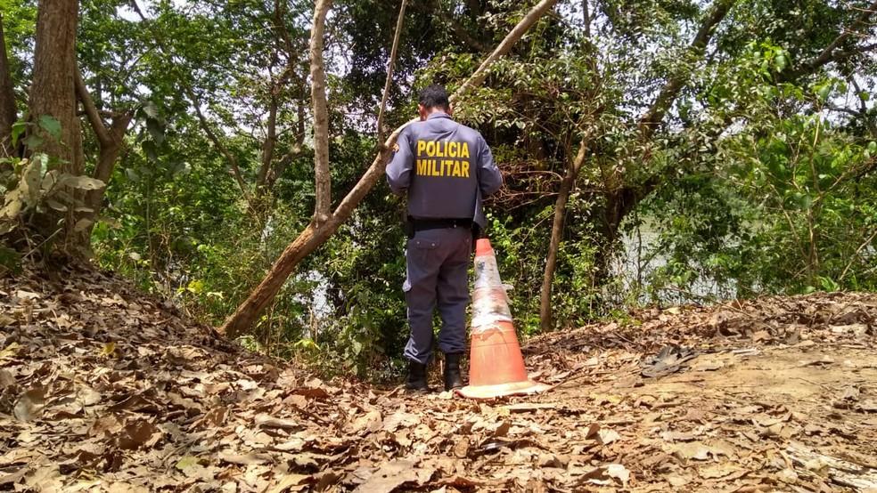 Corpos das vítimas foram encontrados às margens do Rio Cuiabá — Foto: Leandro Trindade/TV Centro América