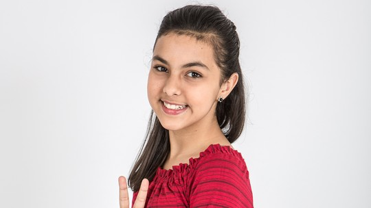Conheça Vivian Passos, participante do 'The Voice Kids'