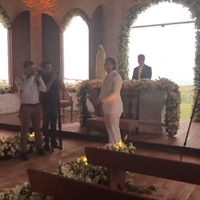 Whindersson no altar (Foto: Reprodução/Instagram)
