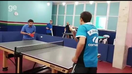 Calderano já tem raquete personalizada e R$ 70 mil em borrachas para jogar