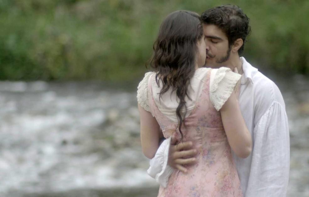 Dom Pedro (Caio Castro) e Domitila (Agatha Moreira) voltam a se entender, em 'Novo Mundo' — Foto: TV Globo