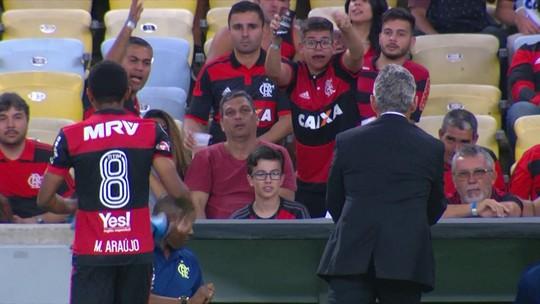 """Rizek vê exagero de torcedores com Márcio Araújo: """"Parece que vai fazer gol contra"""""""