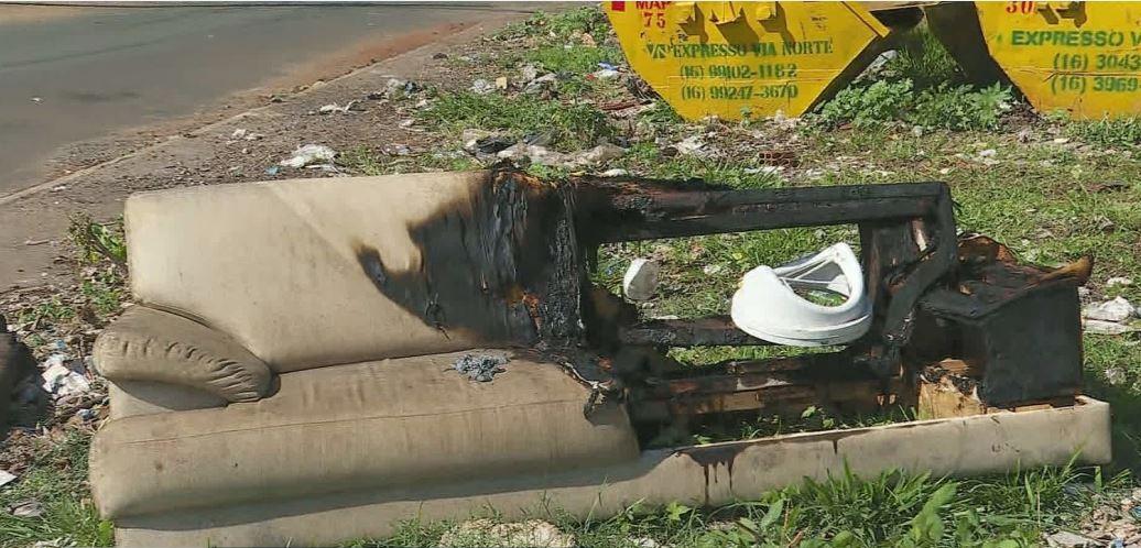 Menina que morreu após incêndio dentro de casa é enterrada em Ribeirão Preto; irmão segue internado