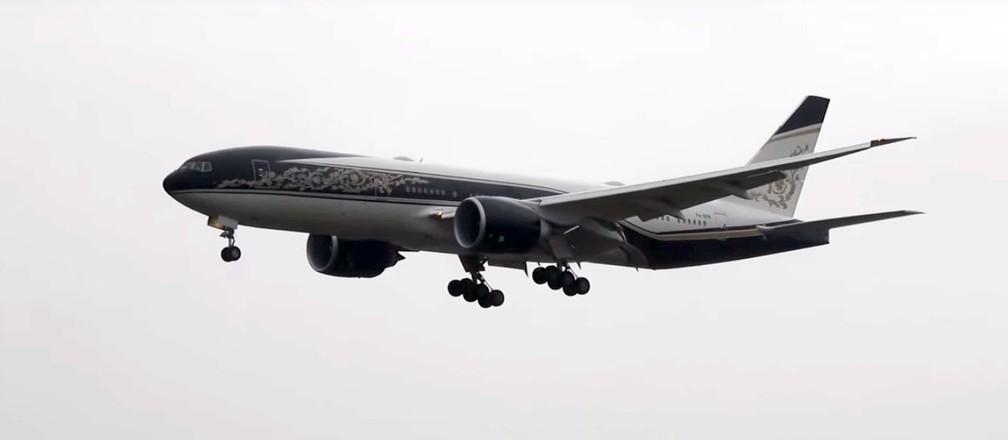 Imagem do boeing 777-200, do governo da Guiné Equatorial, na chegada ao Brasil, na sexta-feira (14) — Foto: Viracopos FullHD