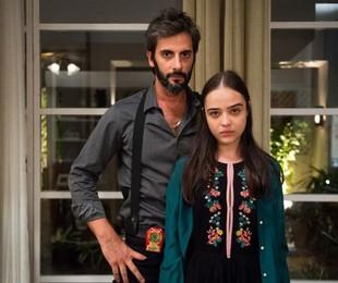 Flávio Tolezani e Bella Piero em 'O outro lado do paraíso' | TV Globo