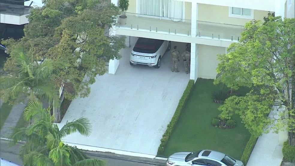Casa de alvo de operação policial na Grande SP (Foto: Reprodução/TV Globo)