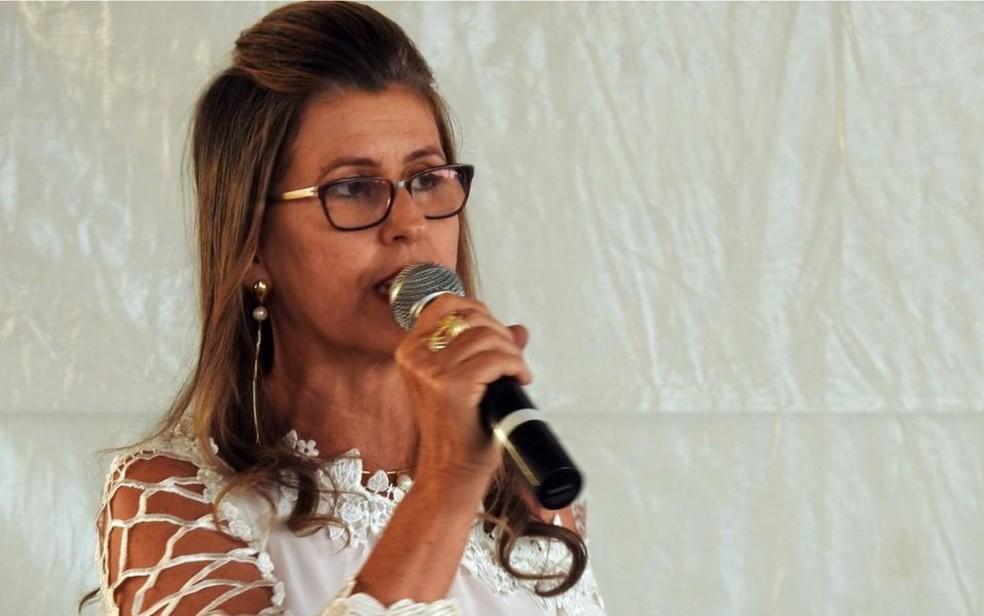 Prefeita de Doverlândia, Zilda Rezende, de 49 anos, ficou gravemente ferida após cair de uma mula durante cavalgada — Foto: Reprodução/TV Anhanguera