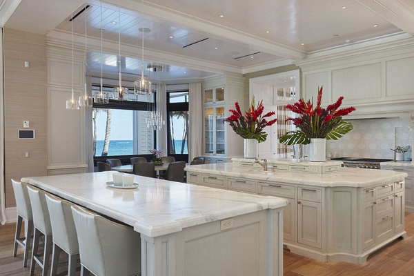 A mansão colocada à venda pela ex-esposa do jogador de golfe Tiger Woods, a modelo Elin Nordegren (Foto: Divulgação)