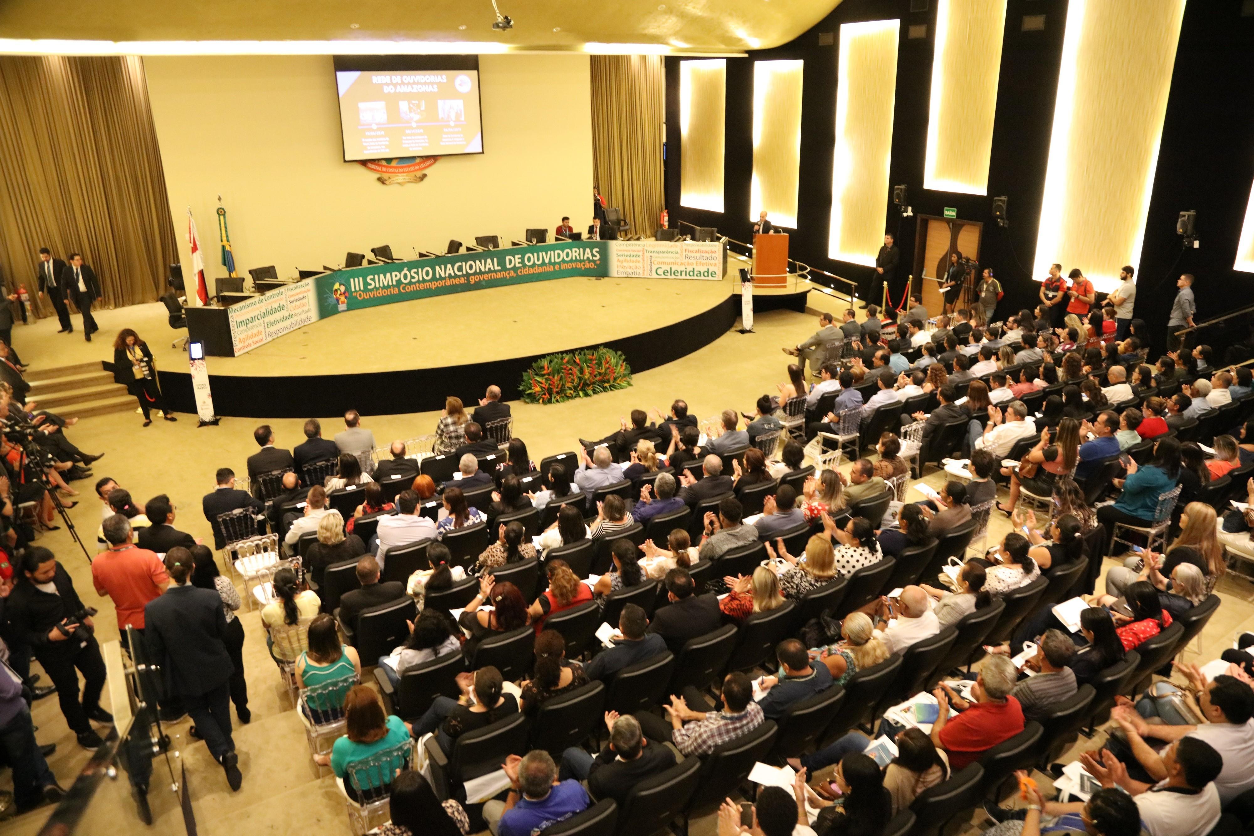 Com debates sobre papel da Ouvidoria contemporânea, Simpósio Nacional reúne 800 participantes no TCE-AM - Notícias - Plantão Diário