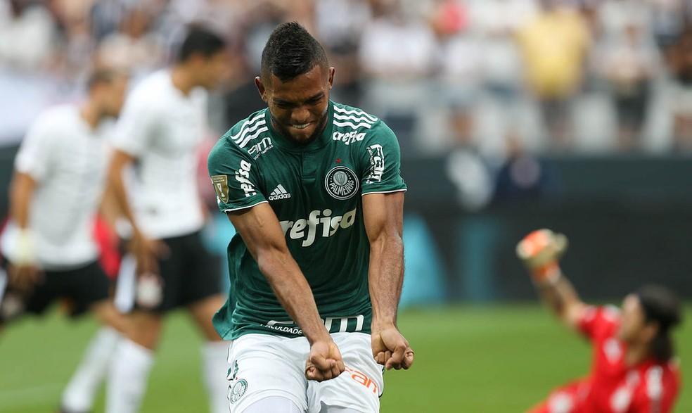 Borja comemora gol contra o Corinthians em Itaquera (Foto: Cesar Greco/Ag. Palmeiras/Divulgação)