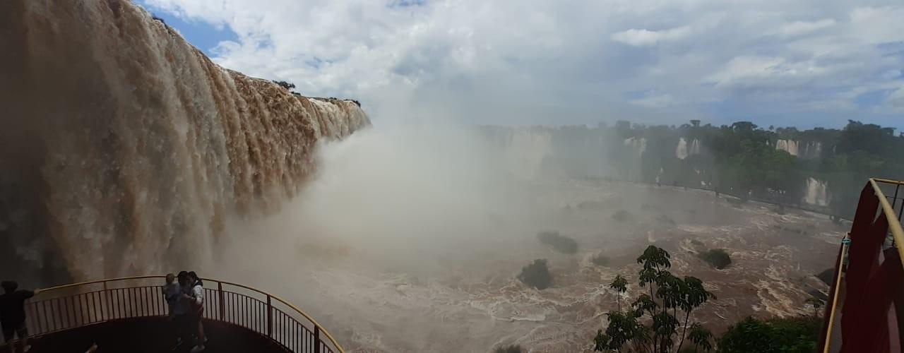 Após mais de um ano, volume de água nas Cataratas do Iguaçu ultrapassa o dobro da vazão normal; VÍDEO