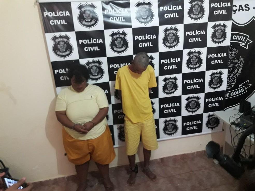 Casal preso suspeito de matar aposentada em Goiás (Foto: Lucas Iglesias/ Centro América FM)