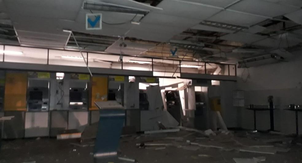 Agência do Banco do Brasil ficou destruída após explosão em Rosário — Foto: Divulgação/Polícia