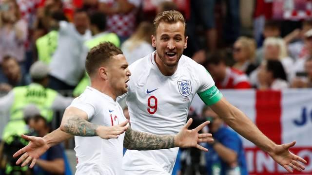 Trippier e Harry Kane comemoram em Croácia x Inglaterra