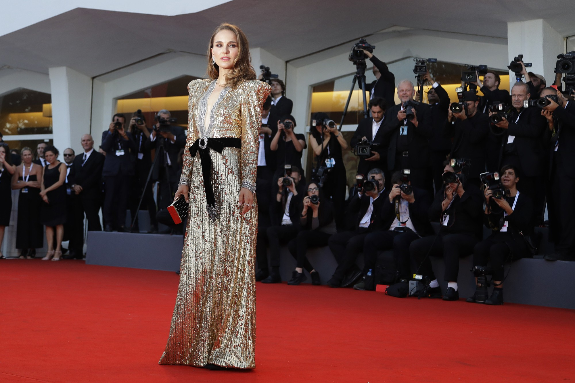 Natalie Portman nega relato de Moby sobre namoro: 'Era um cara muito mais velho sendo esquisito comigo' - Noticias