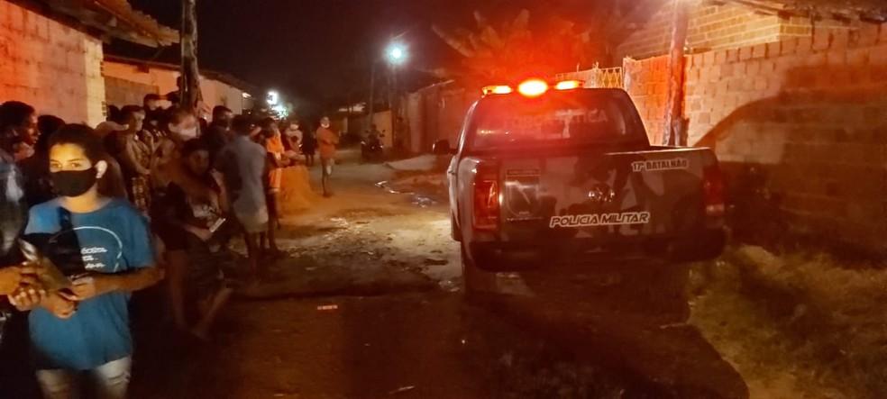 Idosa foi assassinada a facadas dentro de casa na zona rural de Teresina — Foto: Ravi Marques/ TV Clube