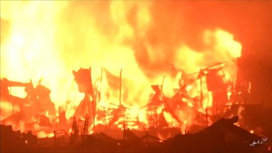 Incêndio deixa milhares de pessoas sem casa na capital de Bangladesh