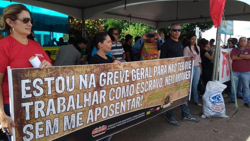 Ato contra a reforma da previdência em Porto Velho (Foto: Hosana Morais/G1)