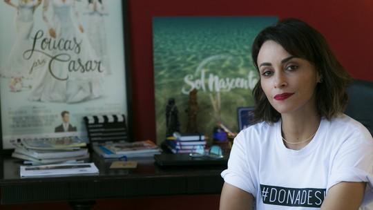 Suzana Pires abre seu espaço de criação como escritora e fala sobre o tema feminino no seu trabalho