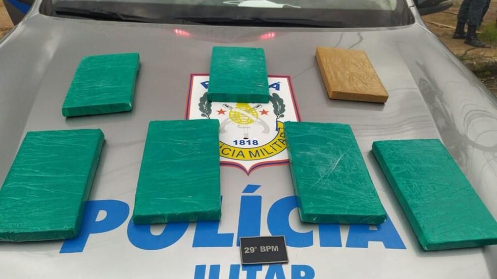 Polícia prende dupla e apreende mais de 30kg de droga na Grande Belém — Foto: Polícia Militar do Pará