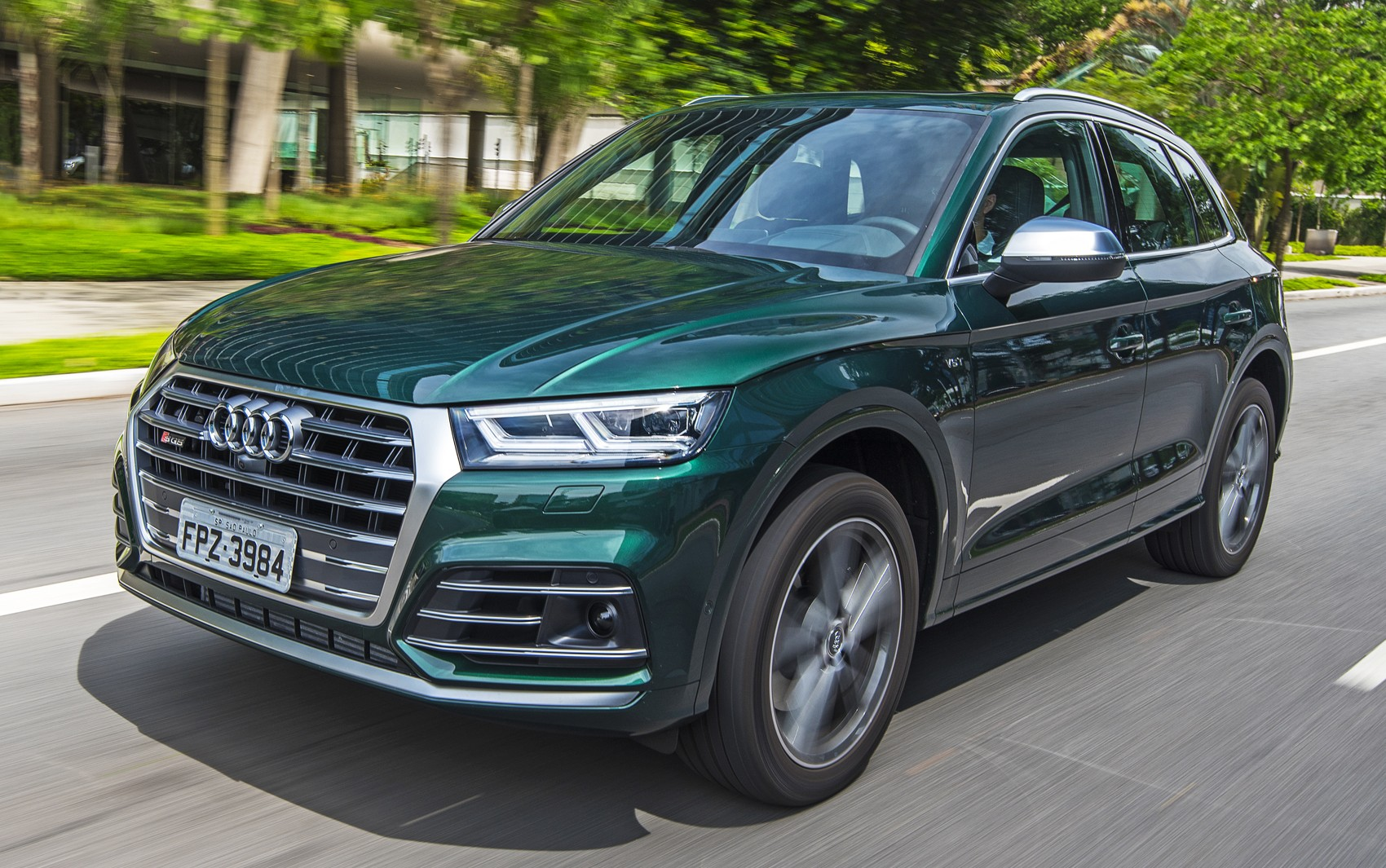 Audi convoca recall de Q5 e SQ5; para-lama traseiro pode se soltar - Notícias - Plantão Diário