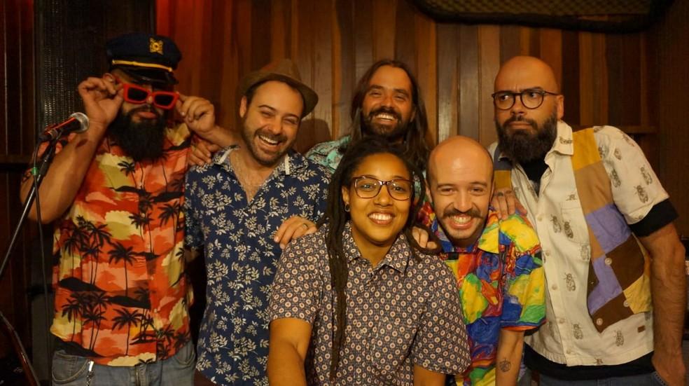 A banda brasiliense Brega & Rosas — Foto: Brega & Rosas/Divulgação