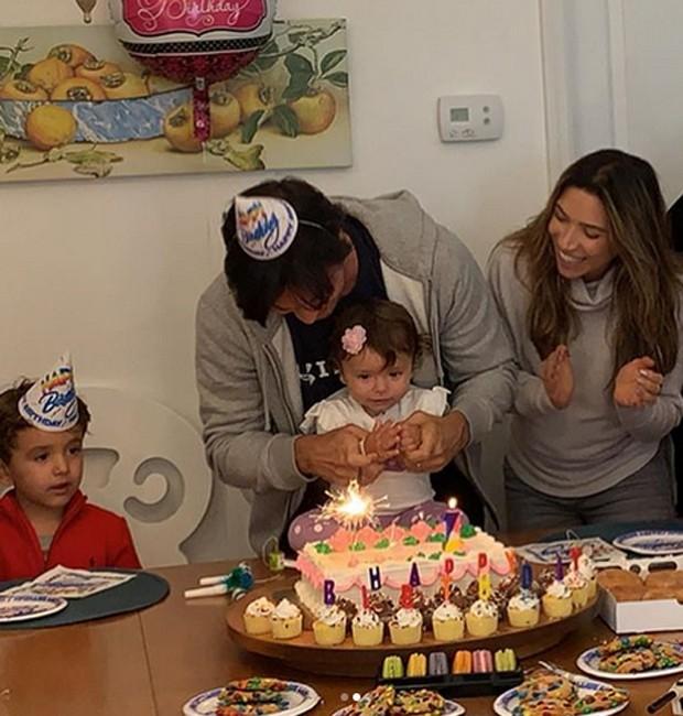 Patricia Abravanel e Fábio Faria comemoram aniversário de Jane (Foto: Reprodução/Instagram)