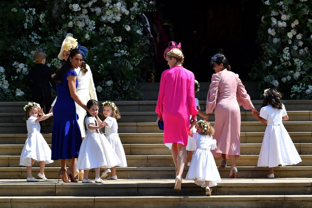 Kate Middleton, duquesa de Cambridge e Jessica Mulroney, amiga de Megan Markle, estilista de moda canadense com as damas de honra (Foto: Ben Stansall/Pool via Reuters)