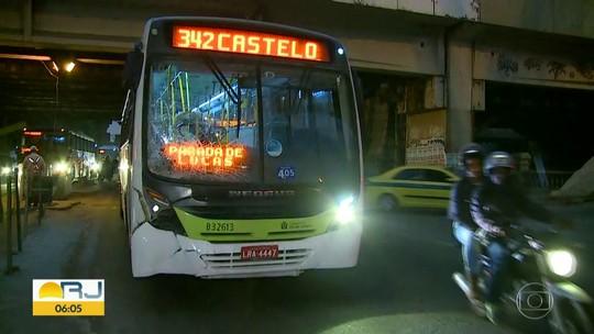 Homem morre atropelado por ônibus no Centro do Rio