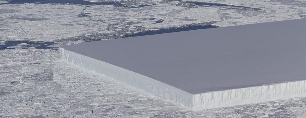 Iceberg fotografado pela Nasa — Foto: Twitter/Nasa