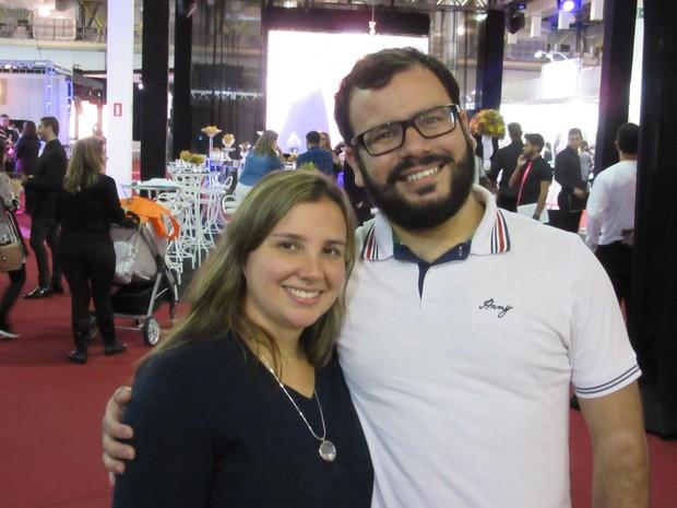 Após adiar o casamento por 1 ano e meio, Thiago e Ana Carolina contam que conseguiram se organizar melhor (Foto: Karina Trevizan/G1)