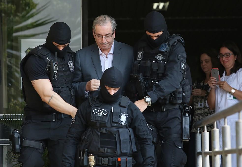 Eduardo Cunha no IML, em Curitiba, quando foi preso em outubro de 2016 (Foto: Giuliano Gomes/PRPress)