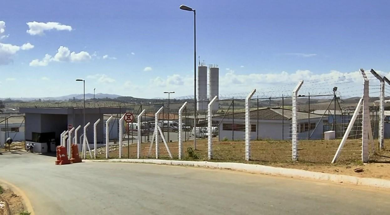 Familiares de presas reclamam de falta de informações na Penitenciária de Três Corações