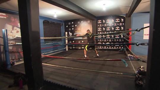 Campeão olímpico no boxe se prepara para a sua sétima luta no profissional nos EUA