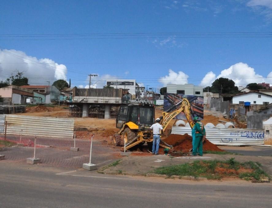 Obra de viaduto na região central de Araxá é finalizada