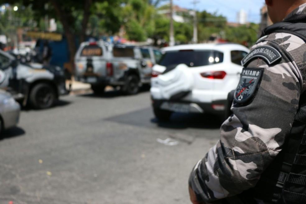 Suspeito de matar homem a facadas no Centro de Abastecimento de Juazeiro é preso — Foto: Alberto Maraux - SSP-BA